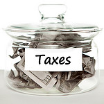 Freelance writers maximize deductions to reduce taxes.