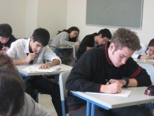 30 tips/rules/suggestions for writing good multiple-choice questions for tests and quizzes that are fair to students.